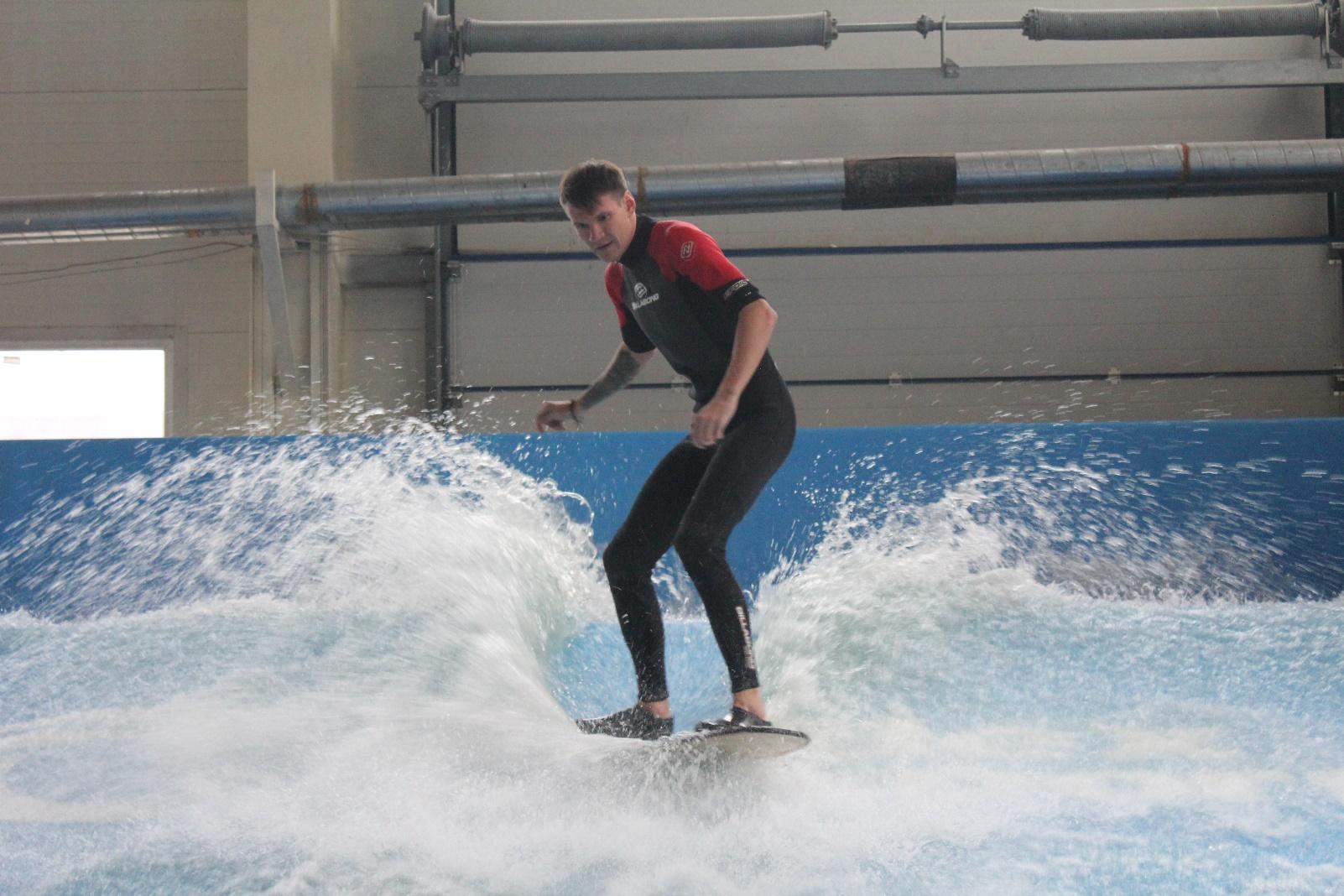 Икусственная волна в Санкт-Петербурге SURF CLUB SANKT-PETERBURG 1