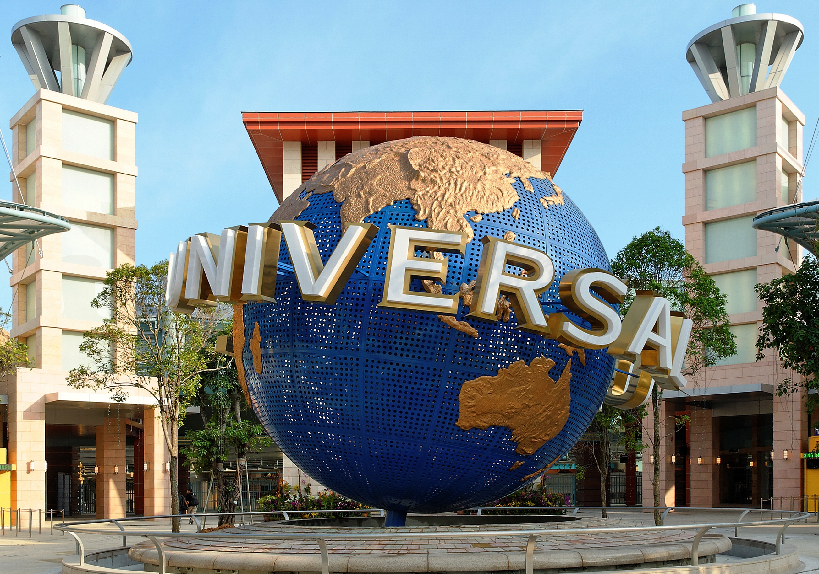 Sentosa-Tourist-Attractions-to-Visit